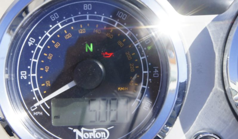 NORTON COMMANDO 961 SPORT completo
